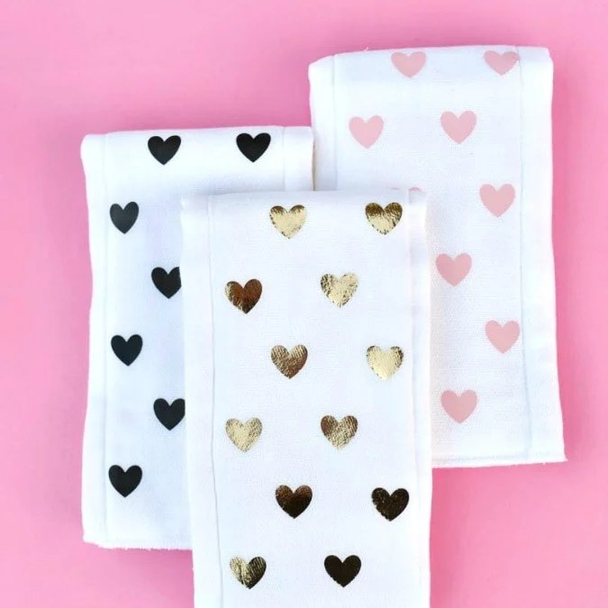 Simple DIY burp cloths with NO sewing!