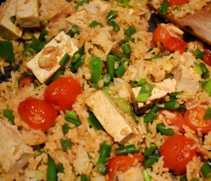 Tomato and tofu fried rice how to cook it at home
