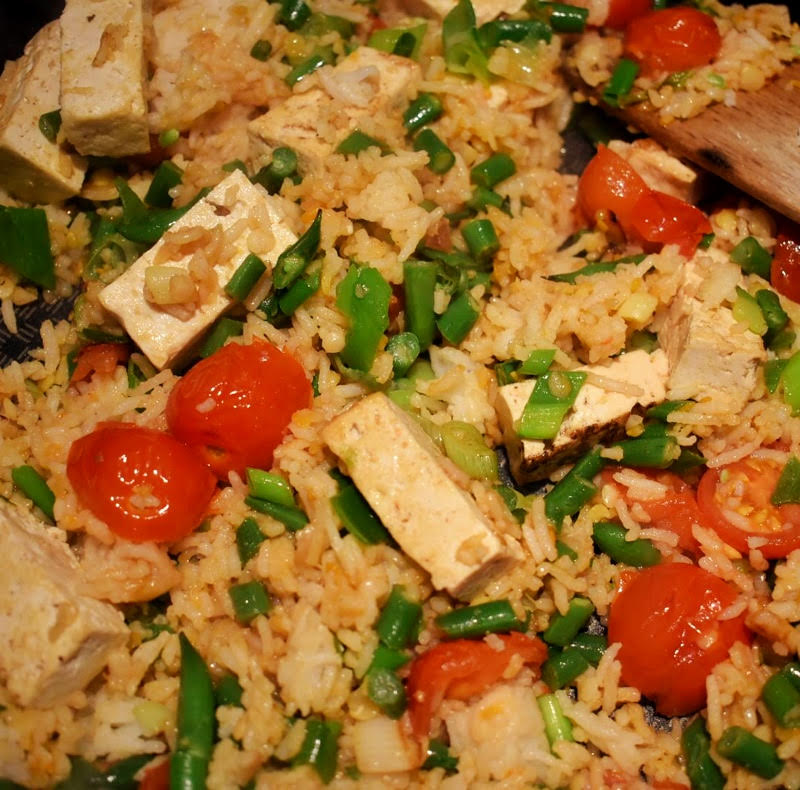 tomato and tofu fried rice