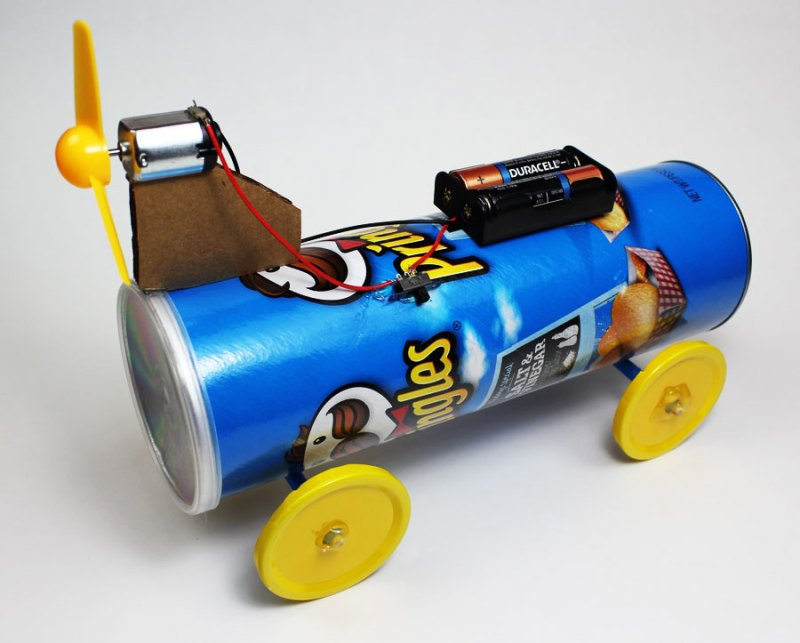 electric battery powered propeller car materials