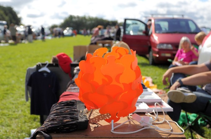 Reseller guide: Top 10 tips for buying at a car boot sale