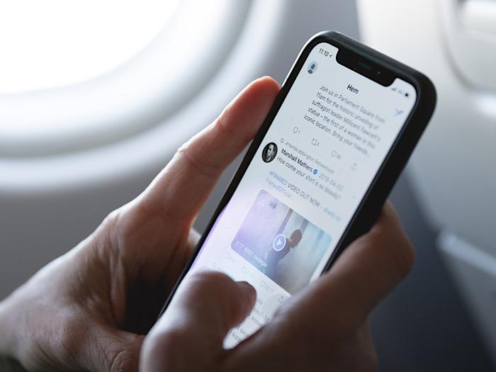 Bezahltes Telefon für virale Tweets