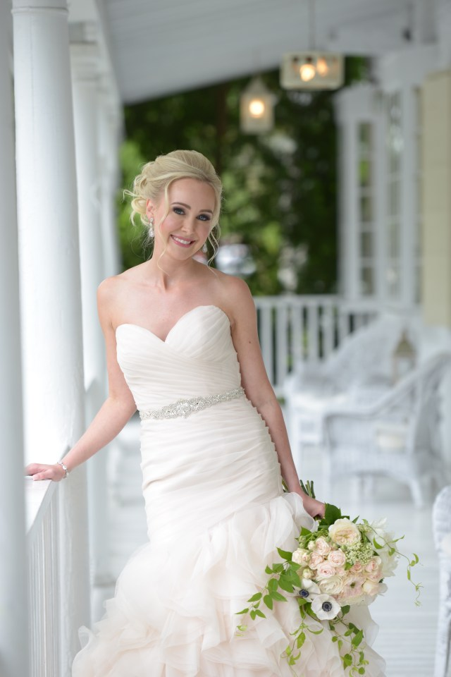Glam bridal makeup for Carissa's Lord Thompson Manor wedding