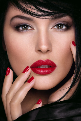 Monica Bellucci Dior red lipstick