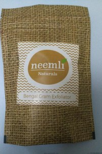 Fab Bag August 2016 Neemly Bengal Gram Exfoliator