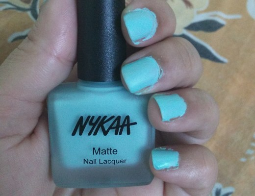 Nykaa Matte Nail Enamel in Shade 17 Cool Blue Garnet