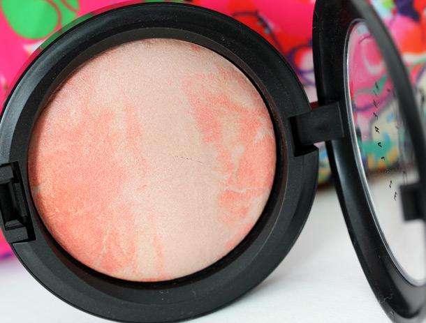 MAC Adored Mineralize Skinfinish