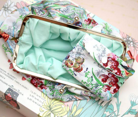 paul joe makeup collection a bag insde