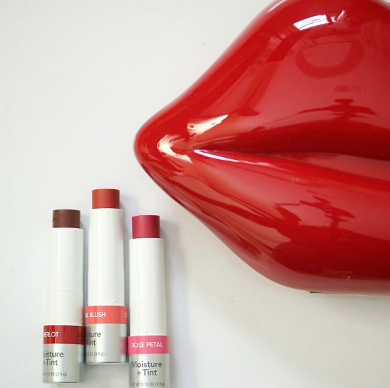 chapstick total hydration moisture tint
