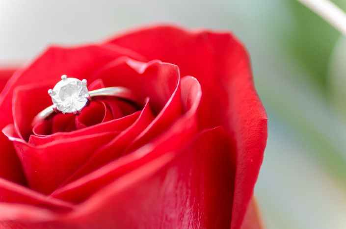 How to Make an Engagement Ring: 3 Tips for Customizing an Engagement Ring