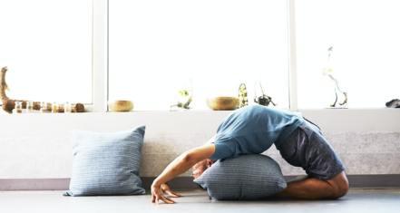 Explore The 8 Amazing Benefits of Yoga
