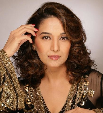 madhuri dixit hair style indian actresses in hair styles 7730
