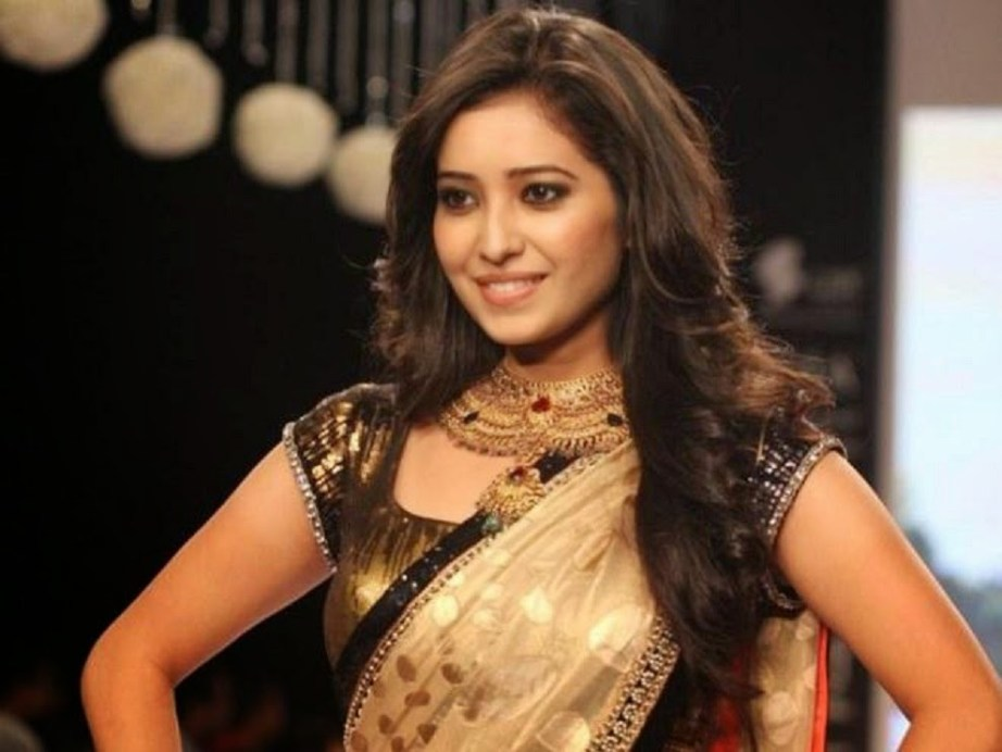 Asha Negi Big Boss