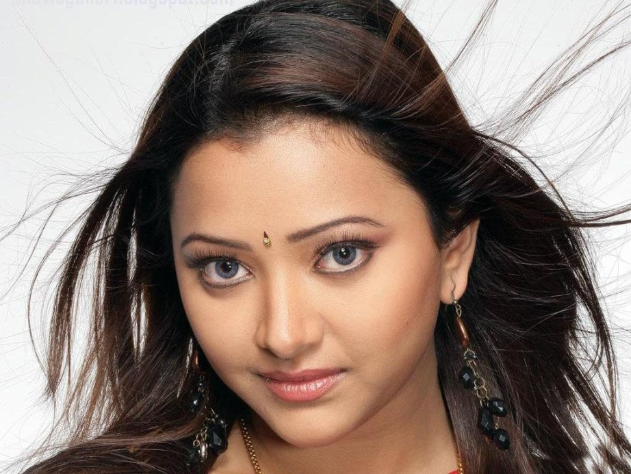 Shwetha Basu Big Boss season 9 India
