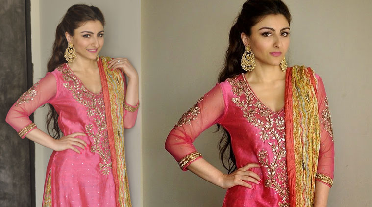 Soha Ali Khan Mehendi Ceremony Photos