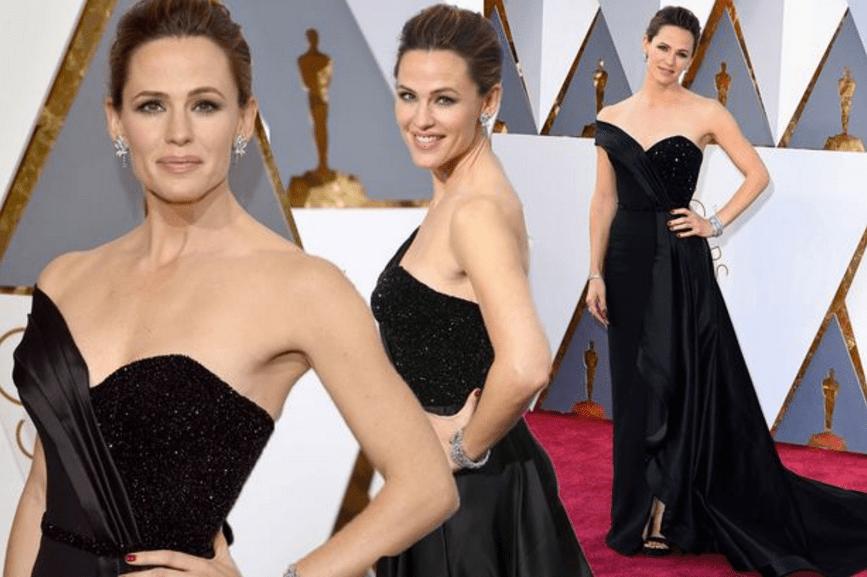 Jennifer Garner best dressed oscars 2016