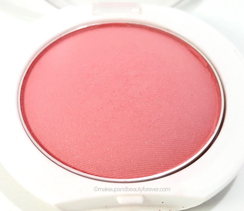 Maybelline Cheeky Glow Blush Peachy Sweetie Review close up