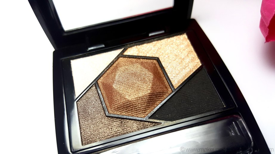 Maybelline Color Sensational Diamonds EyeShadow Palette Topaz Gold Review Swatches pigmentation