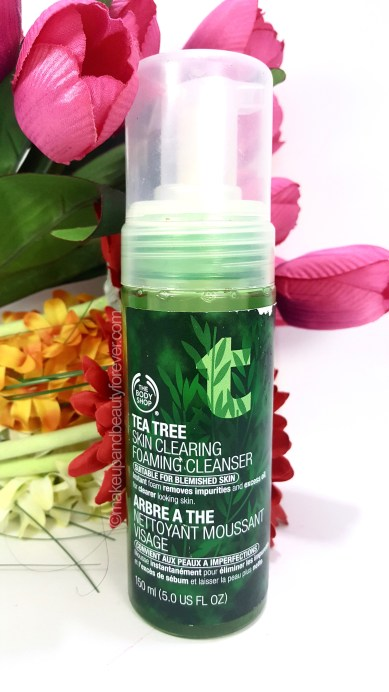 The Body Shop Tea Tree Skin Clearing Foaming Cleanser Review acne