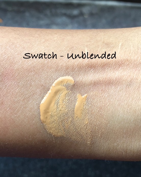 Estee Lauder Double Wear Stay-in-Place Makeup Foundation Review Swatches on hand