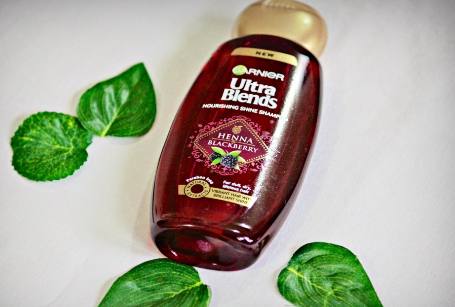 Garnier Ultra Blends Henna Blackberry Nourishing Shine Shampoo Review mbf blog