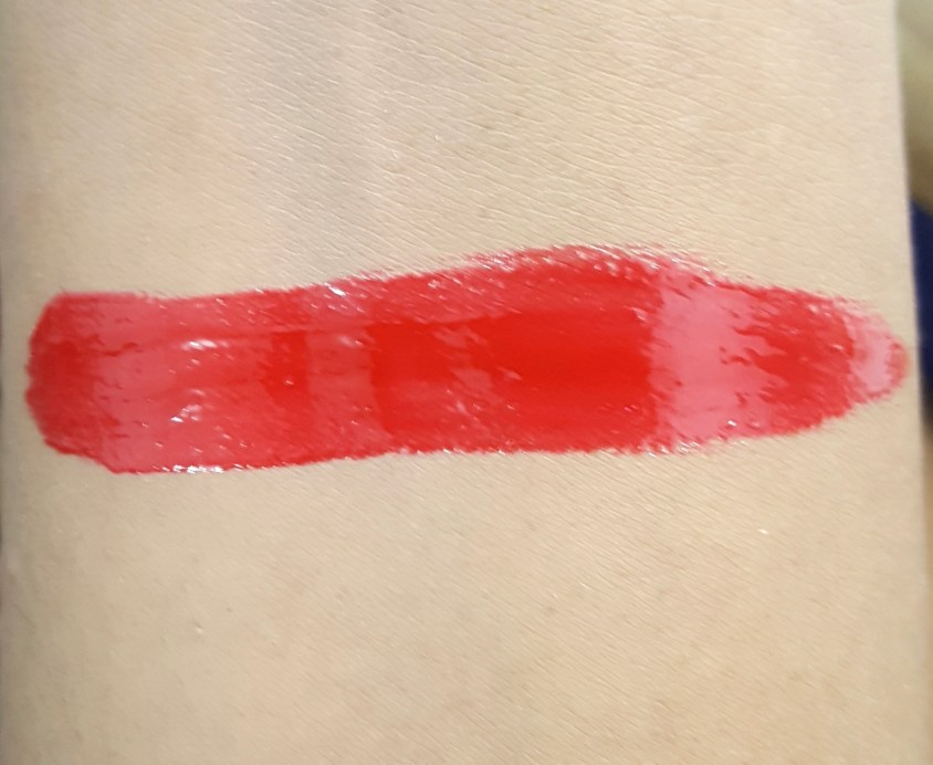L'Oreal Infallible Mega Gloss 106 Alerte Rouge Review Swatches USA