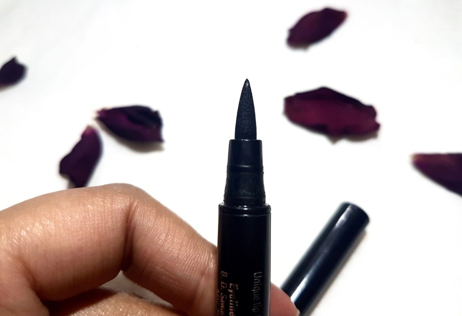 Lakme Absolute Precision Liquid Liner Review Swatches felt tip