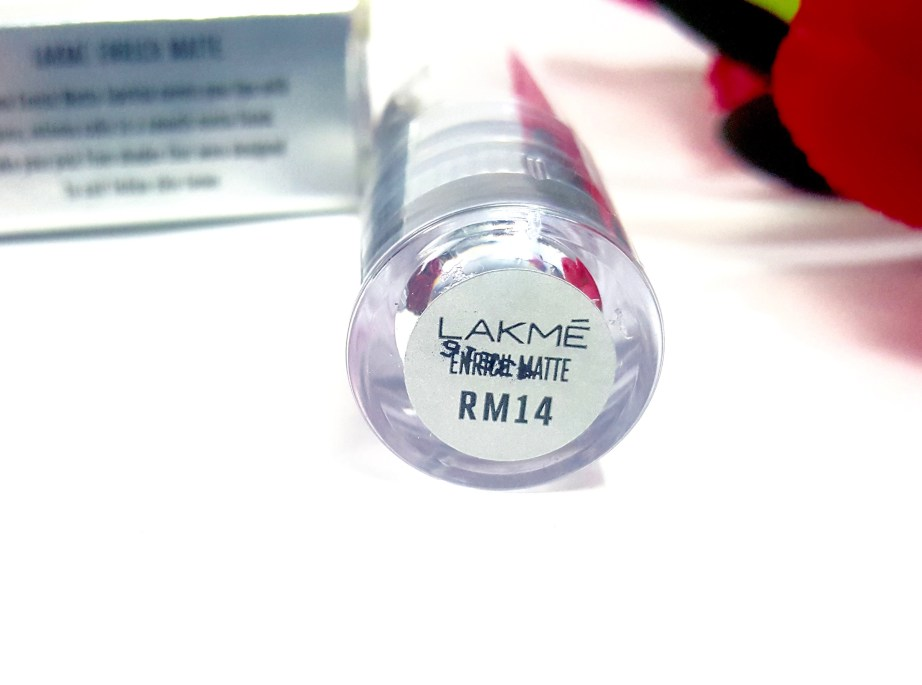 Lakme Enrich Matte Lipstick red RM 14 Review Swatches