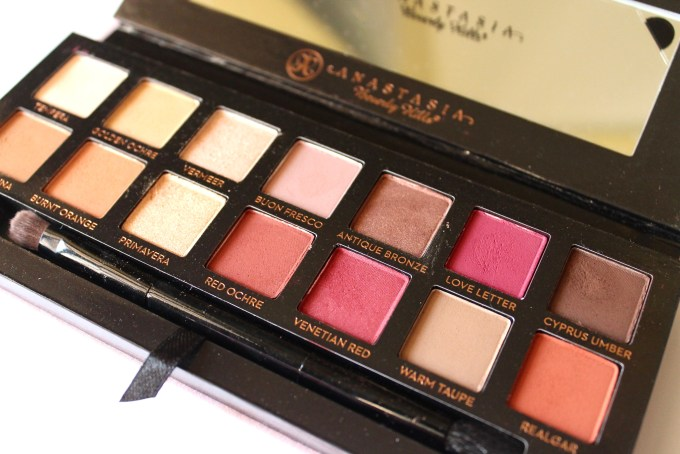 Anastasia Beverly Hills Modern Renaissance Palette Review Swatches focus