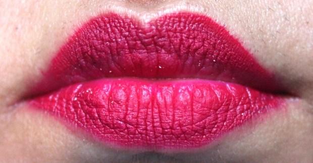 Jeffree Star Velour Liquid Lipstick Masochist Review Swatches wear test