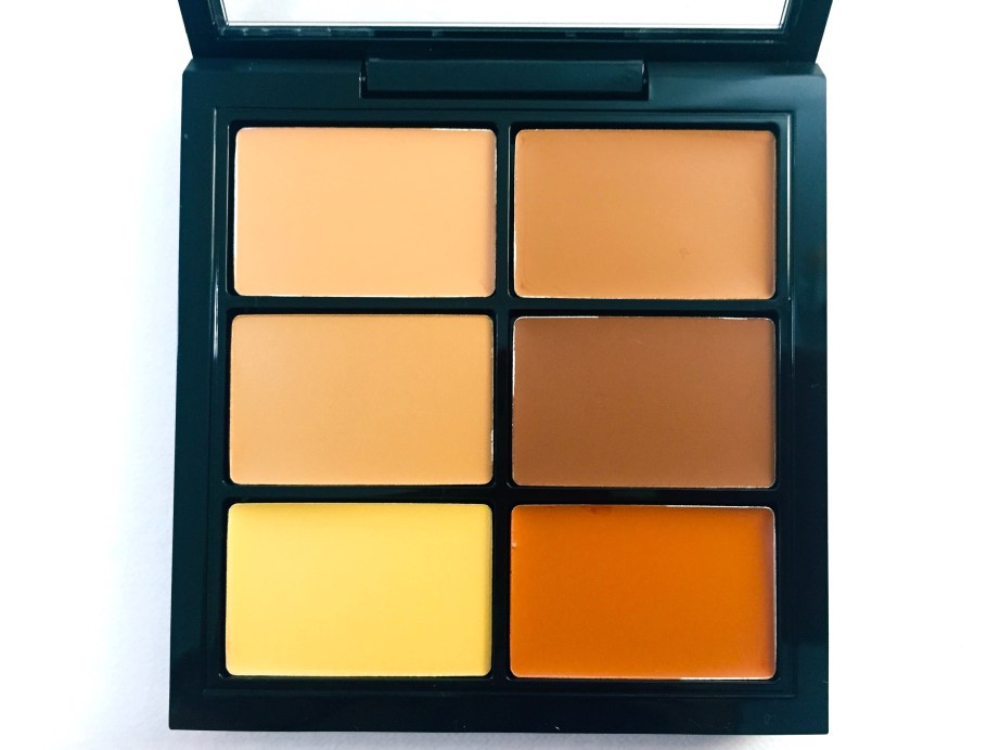 mac-conceal-correct-palette-medium-deep-review-swatches-demo-focus