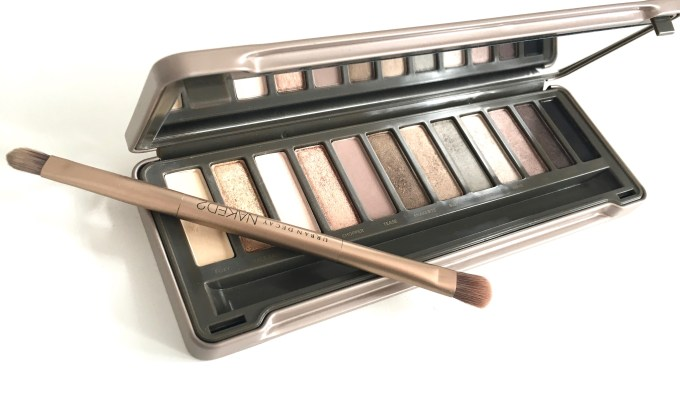 Urban Decay Naked 2 Eyeshadow Palette Review Swatches