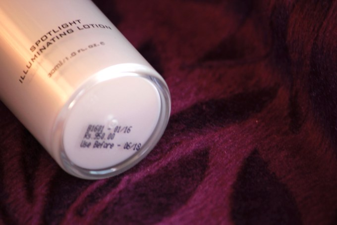 Colorbar Spotlight Illuminating Lotion Review