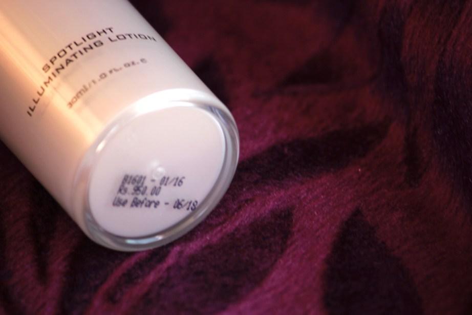 Colorbar Spotlight Illuminating Lotion Review