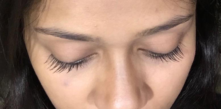 Maybelline Lash Sensational Mascara Review, Swatches on eyelashes