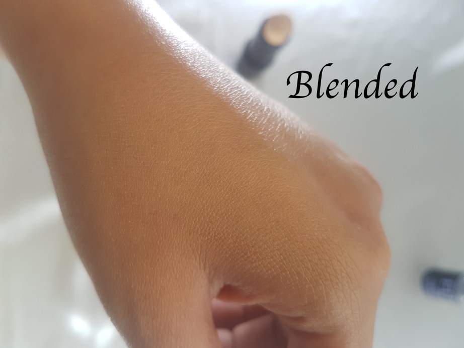 Maybelline Fit Me Shine Free Stick Foundation Review, Swatches, Demo Blended