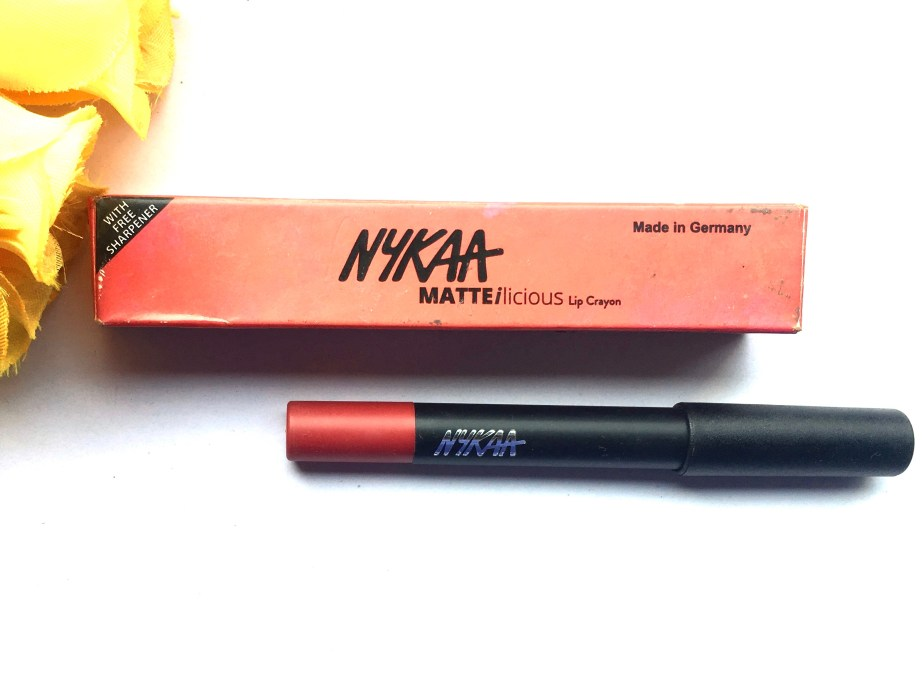 Nykaa Matteilicious Lip Crayon Hot As Red Review, Swatches MBF