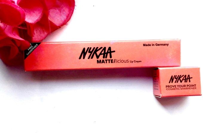 Nykaa Matteilicious Lip Crayon Next Level Nude Review, Swatches Box