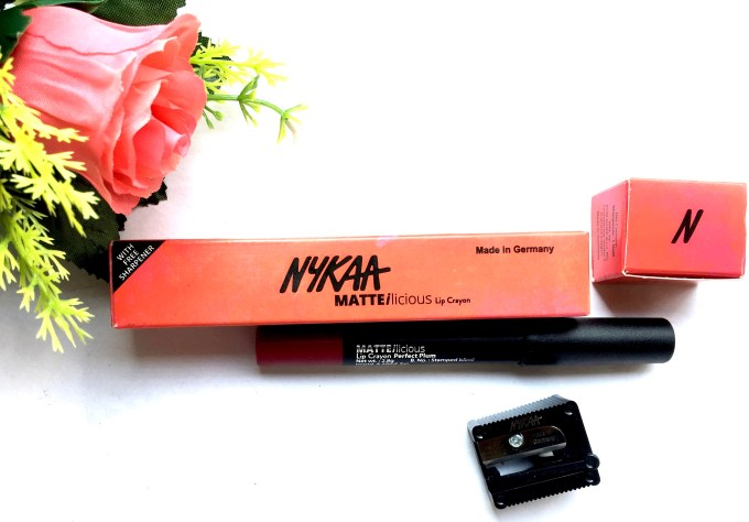 Nykaa Matteilicious Lip Crayon Perfect Plum Review, Swatches MBF