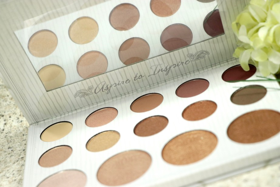 BH Cosmetics Carli Bybel Eyeshadow & Highlighter Palette Review, Swatches Blog MBF