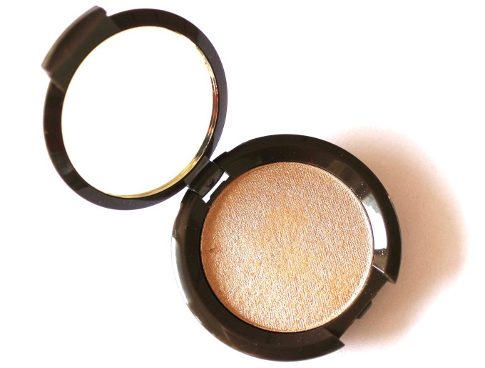 Becca Opal Shimmering Skin Perfector Pressed Highlighter Review, Swatches Open