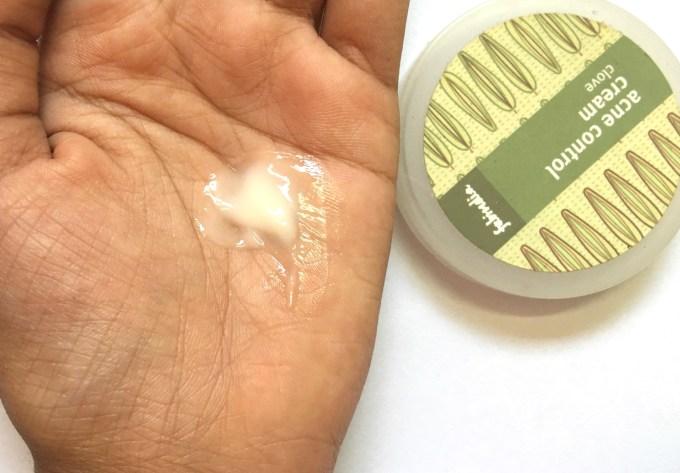 Fabindia Clove Acne Control Cream Review Swatch