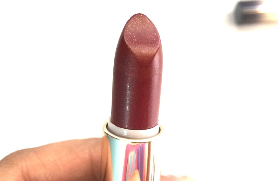 L'Oreal Color Riche Gold Obsession Lipstick Mocha Gold by Eva Review, Swatches focus