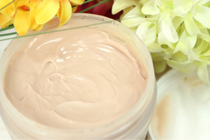 Plum Vanilla & Fig Feel The Fudge Body Butter Review focus