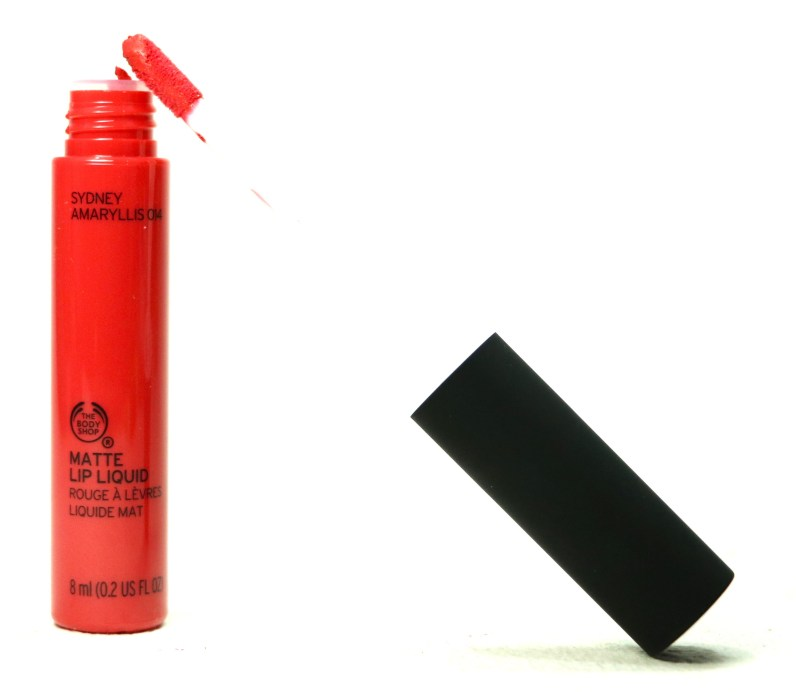 The Body Shop Matte Lip Liquid Lipstick Sydney Amaryllis Review, Swatches Applicator wand