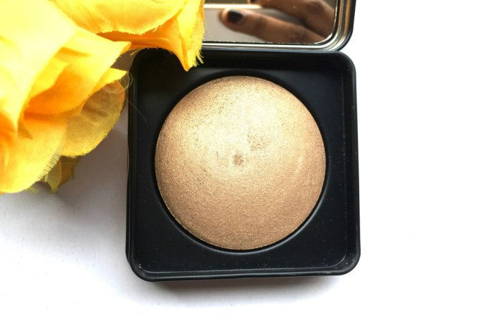 PAC Cosmetics Baked Highlighter 08 Review, Swatches Open