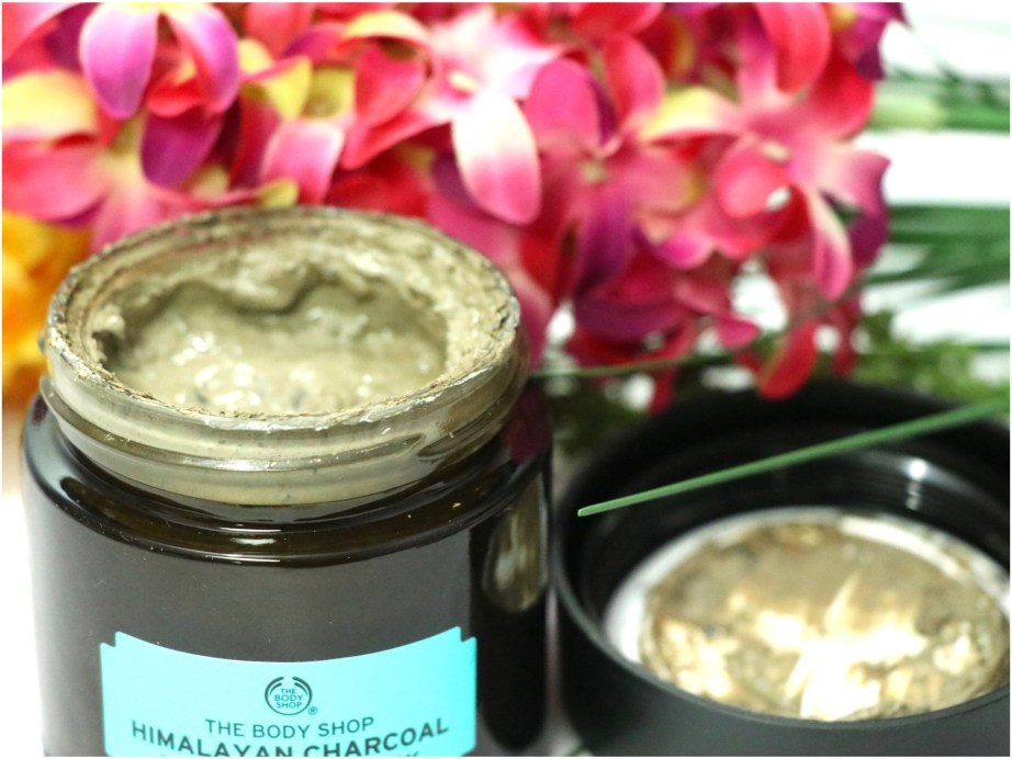The Body Shop Himalayan Charcoal Purifying Glow Mask Review, Swatches MBF Blog