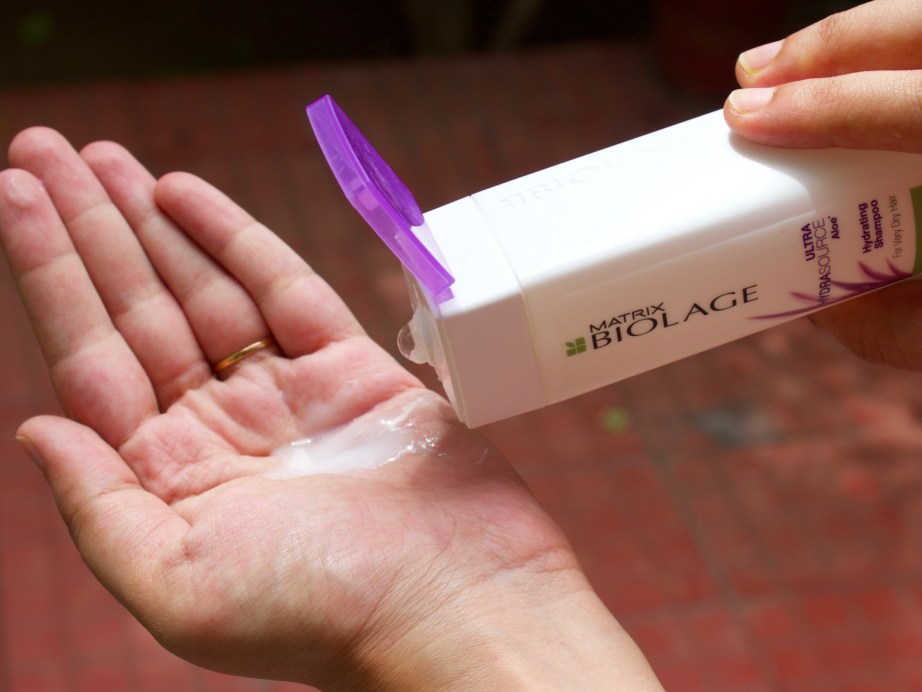 Biolage Ultra Hydrasource Shampoo Review Swatch