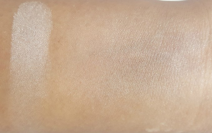 Physicians Formula Powder Palette Mineral Glow Pearls Review, Swatches skin
