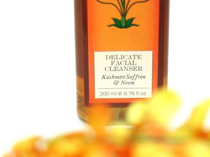 Forest Essentials Delicate Facial Cleanser Kashmiri Saffron Neem Review MBF